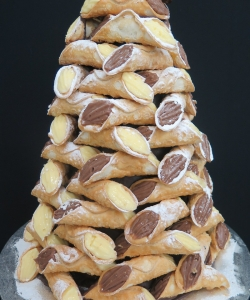 cannoli-tower