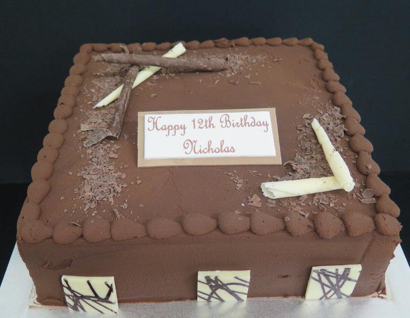 Chocolate Ganache Finish Eiffel Tower Cakes