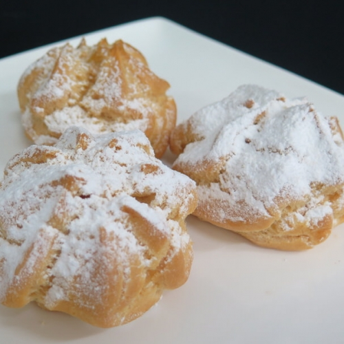 vanilla-bigne-(profiterole)